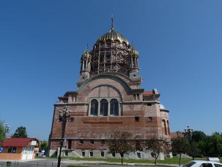 11. catedrala Fagaras.JPG