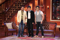 Actors Jeetendra with Tusshar Kapoor on the sets of Comedy Nights with Kapil at Filmcity in Mumbai  2013_6.jpg