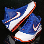 nike air max lebron 7 pe hardwood blue 1 02 Yet Another Hardwood Classic / New York Knicks Nike LeBron VII