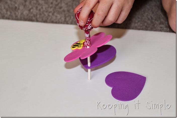 easy-valentine-kids-crafts #orientaltrading (6)