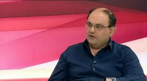 Δημήτρης Καζάκης: Τι θα γίνει αν επιστρέψουμε στη δραχμή (video)