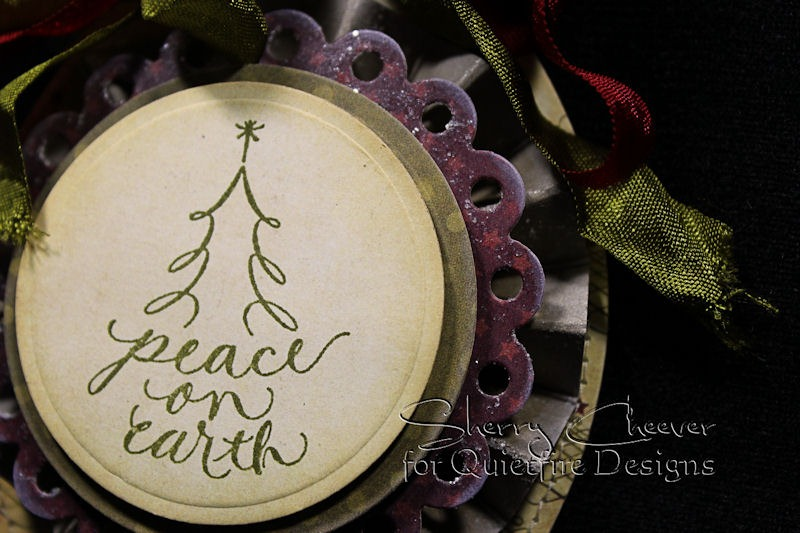SCheever PeaceOnEarth Ornament CLOSEUP Dec5