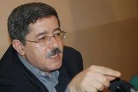 Nordine Ait Hamouda répond à l'ex-premier ministre:«Taisez-vous, M. Ouyahia»
