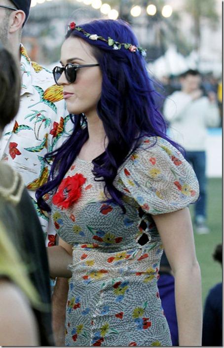 Pop princess Katy Perry seen looking little VEDsjCPlvl8l