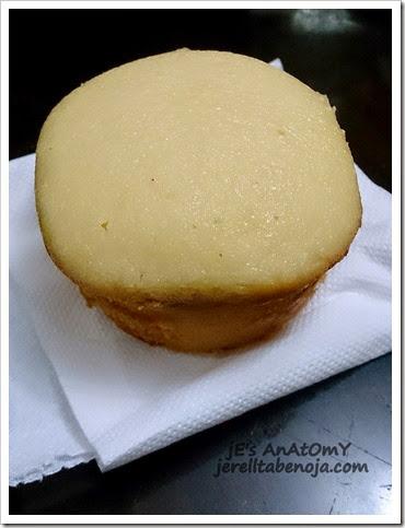 Real Coffee & Tea Cafe, Boracay, calamansi muffin