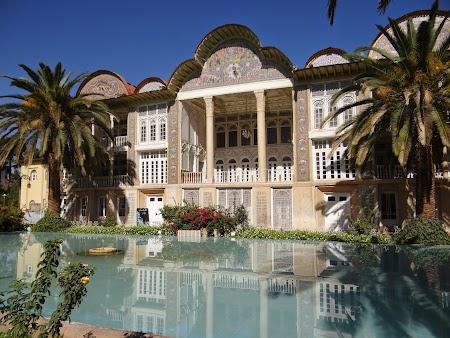 09. Eram Garden - Shiraz.JPG
