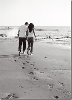 Footprints couple
