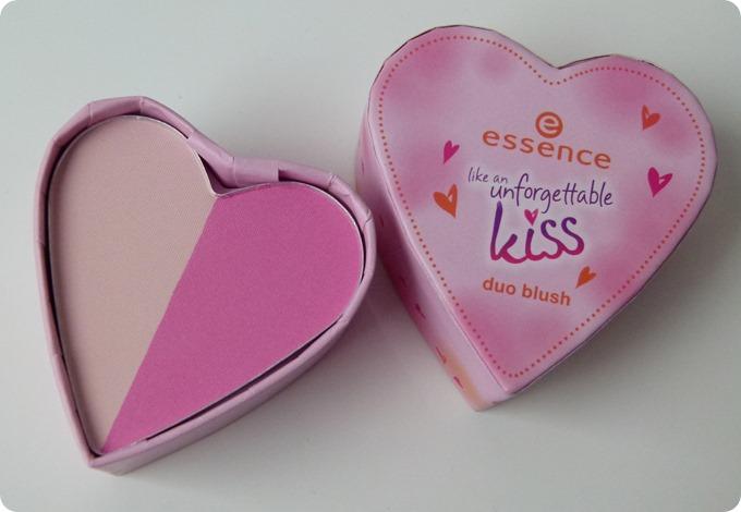 Ess_UnforgettableKiss_Blush_Herz_Heart