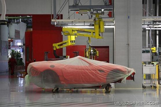 Pabrik Ferrari (10)
