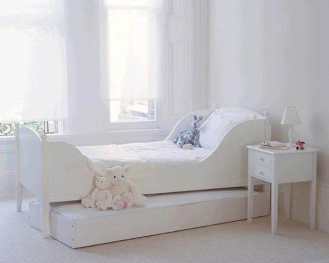 White room 10