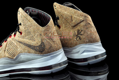 lebron10 nsw cork 35 web black The Showcase: NIKE LEBRON X Cork World Champions Shoes