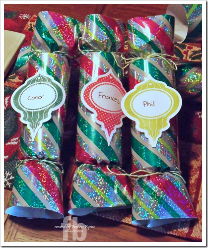 2011 ChristmasCrackers2 wm