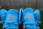 nike lebron 9 ps elite lebron pe china 3 04 Closer Look at Nike LeBron 9 P.S. Blue Flame and Tennis Balls PEs