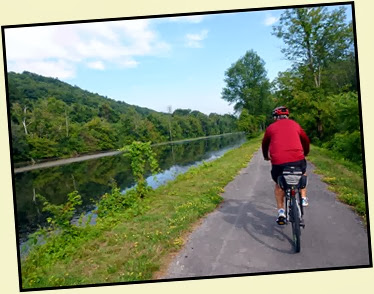 02d - Mohawk River (Erie Canal) Bike Trail heading NW - canal on the left