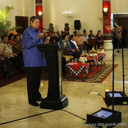 foto keseharian Presiden Indonesia Susilo Bambang Yudhoyono (46)