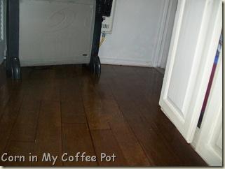 Bathroom floor finished 017 (5)