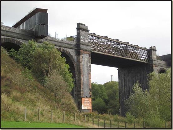 Disused railway bridge over the Manchester Ship Canal