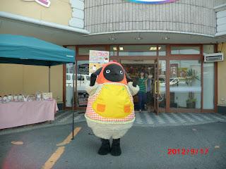 yanyan_machiko-001_1.JPG