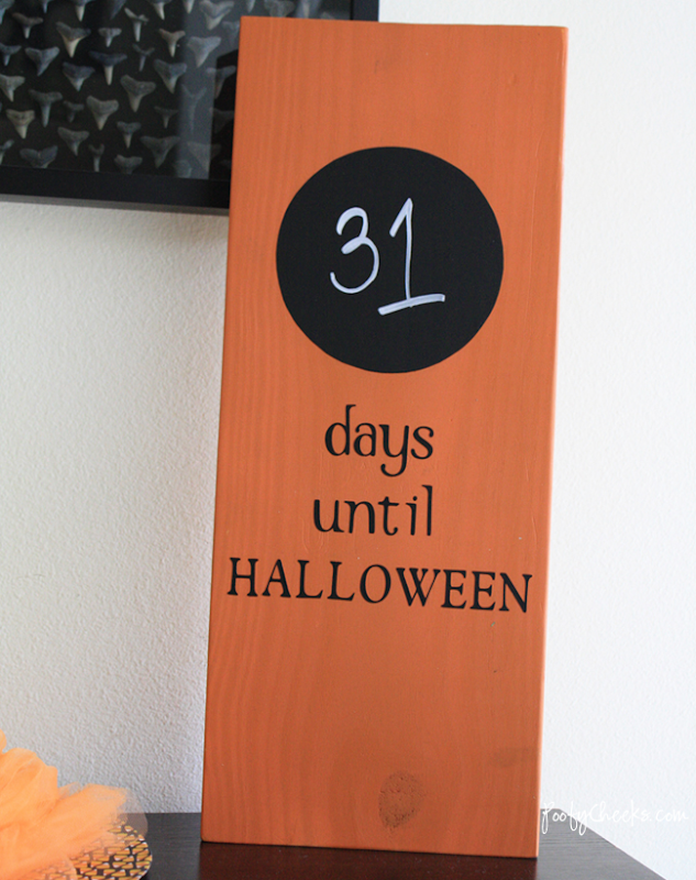 Halloween Countdown Board by Poofy Cheeks