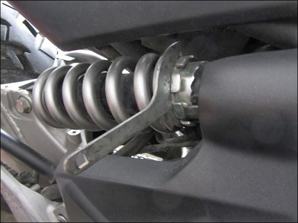 Rear preload adjustment_thumb[3]