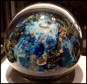 02j4 - Corning Glass Museum - Paperweight