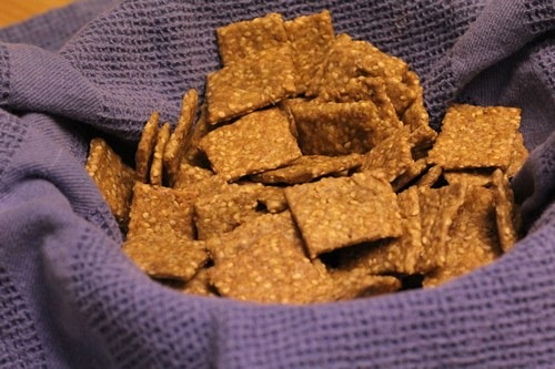 einkorn-sesame-crackers00001