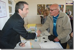 Acto de firma de escrituras de carácter municipal y privado