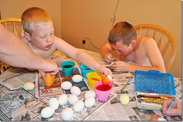 04-07-12-dying-eggs-08