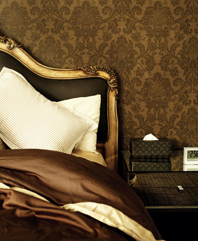 This room illustrates how combining different shades of brown can create a stunning end result. (Ansom Smart)