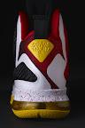 nike lebron 9 pe mvp 1 04 Unreleased Nike LeBron 9 MVP   Black Midsole Sample