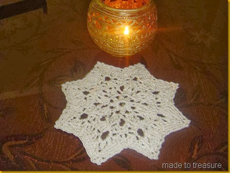 mini crochet star