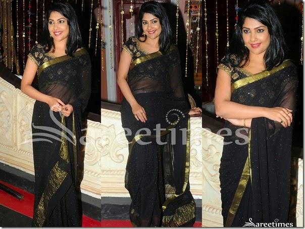 Kamalini_Mukherjee_Black_Embroidery_Saree