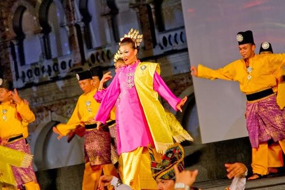 VISIT MALAYSIA YEAR 2014 GRAND LAUNCH