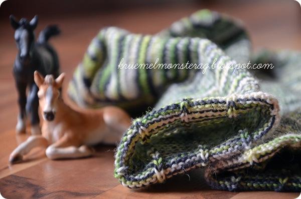10_12 Schaf am Deich schwarzweißgrün (2)