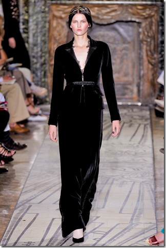 Valentino Fall 2011 (nay) 5