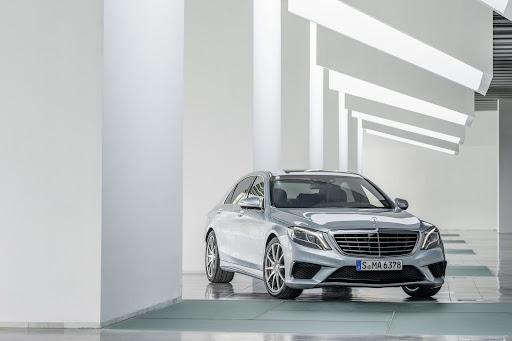 2014-Mercedes-Benz-S63-AMG-16.jpg
