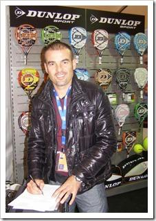 Willy Lahoz renueva con DUNLOP para 2012: 12 años de confianza mutua.