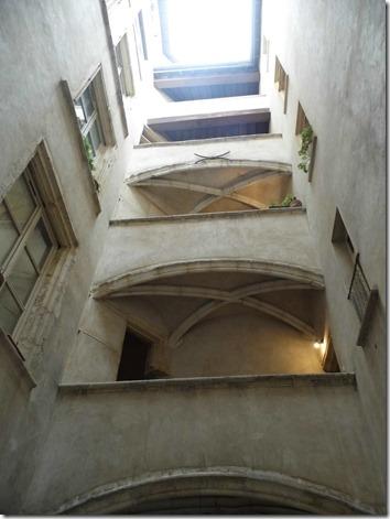 Lyon 02