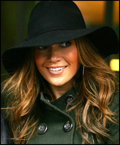 jennifer-lopez-hat