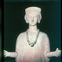 51 - Busto femenino fenicio de Puig des Molins (Ibiza)