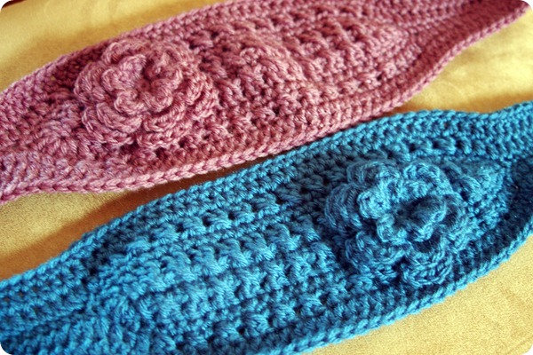 Crocheting the Day Away: Ear Warmers