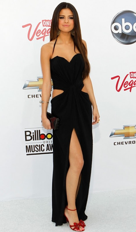 selena-gomez-justin-bieber-billboard-awards-101