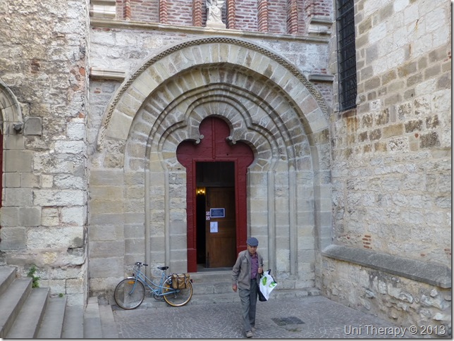 Uni Therapy: St. Etienne Church - Cahors 1