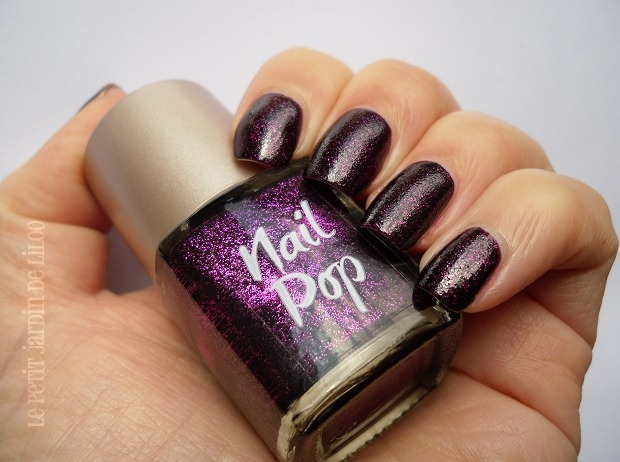 012-look-beauty-nail-polish-review-swatch-glamrock