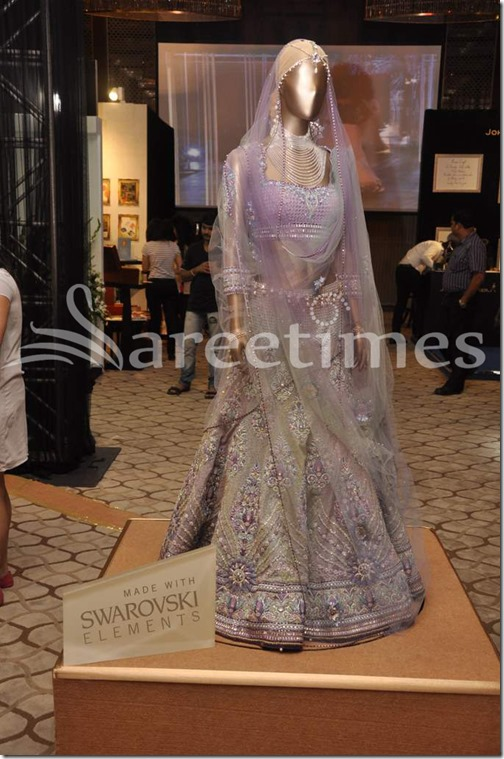 Tarun_Tahiliani_Bridal_Collection (14)