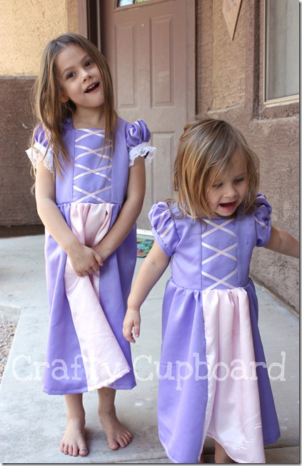 Rapunzel Dress-Up2