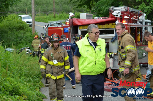 MVA With Entrapment On S. Mountain Rd - DSC_0041.JPG