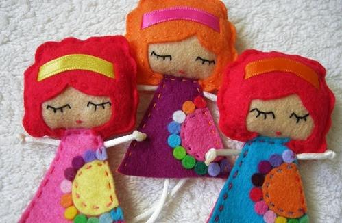 como-fazer-uma-boneca-em-feltro-1