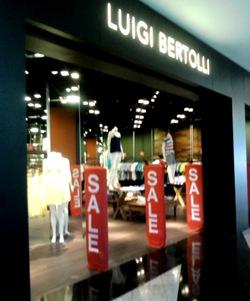 Liquidação Verão 2012 Luigi Bertolli.