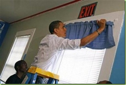 obama-hanging-curtains